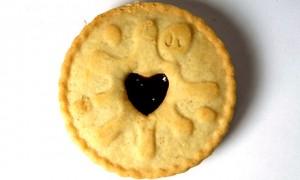 jammie dodger biscuit